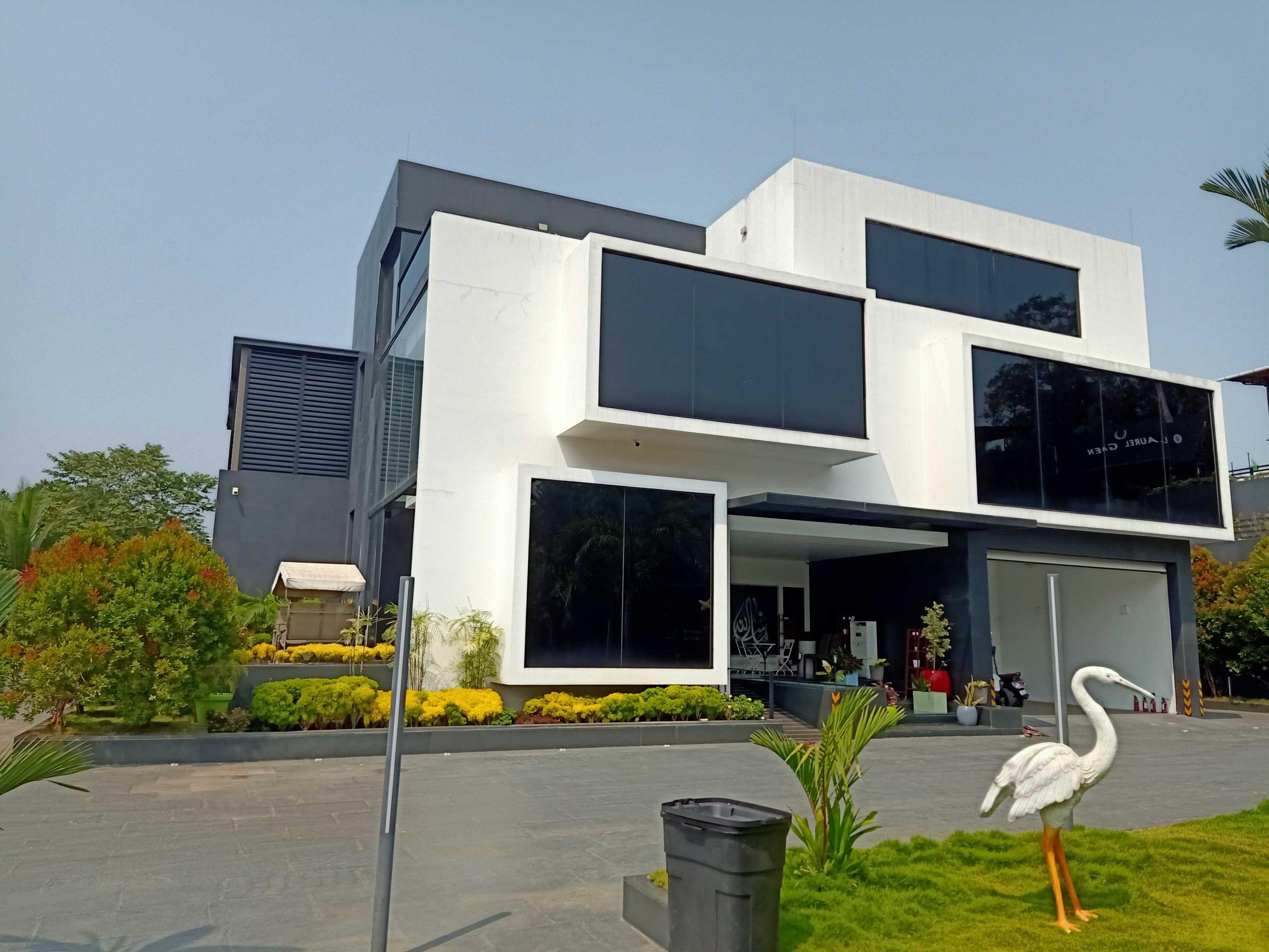 Modern Residential Architecture -Jasleem's-villa-Mahe2