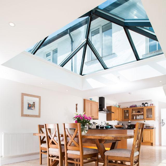 glass-roof-lantern-dining-room